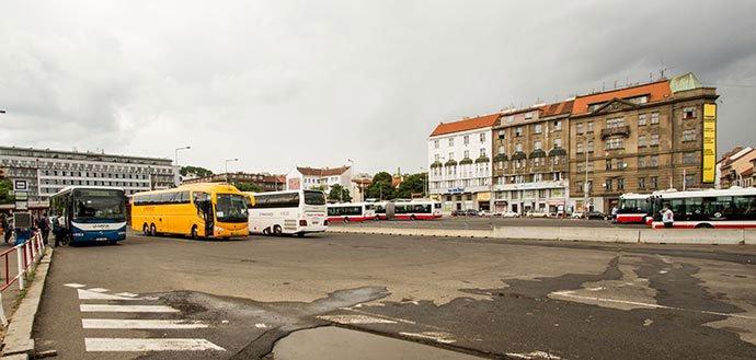 cómo llegar a Český Krumlov: stación Na Knížecí, praga