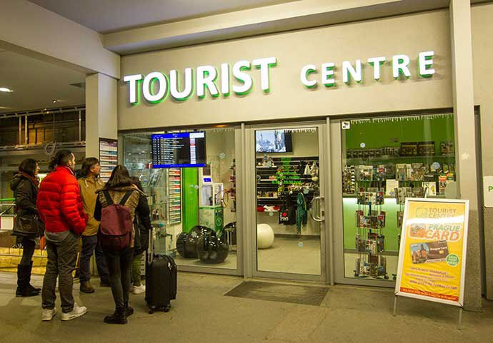 cambiar dinero en Praga: estacion de autobus de florenc