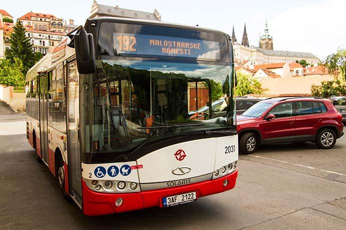 accesibilidad en los autobuses de praga