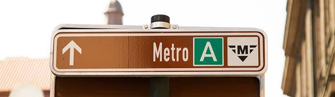 señal en el metro de praga